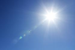 夏場の熱中症対策! 効果的な水分補給の方法とは?